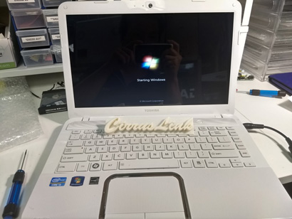 Toshiba laptop Notebook screen replacement in Perth