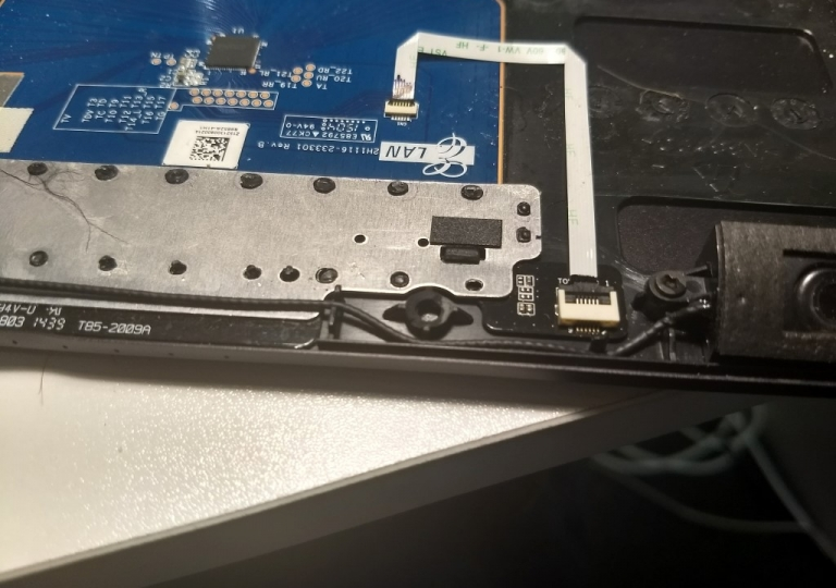 IMG_20180105_laptop-hinge-repair-11
