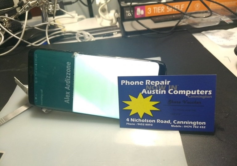 171122 - Samsung s8 crack screen repair